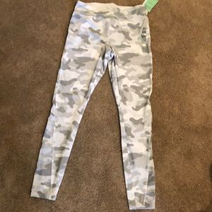 Forever 21 Camouflage leggings L